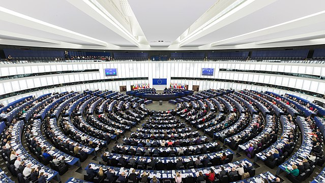 polonia deferita commissione ue