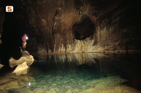 urzulei, grotta di su Palu