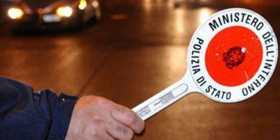 Folle inseguimento: tenta la fuga dalla polizia a bordo di un go-kart