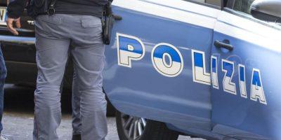 Omicidio a Cremona: uccide la madre e fugge. È caccia al giovane killer