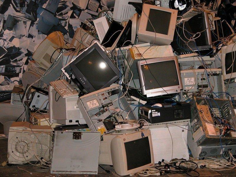 rifiuti elettronici
