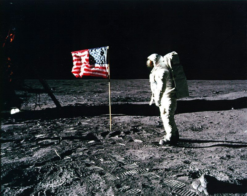 asta Neil Armstrong