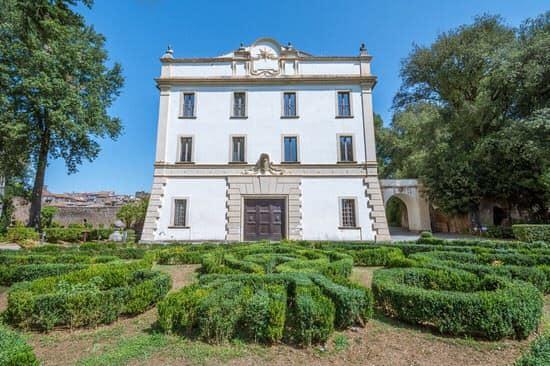 Palazzo Savorelli, sgarbio trova casa a Morgan
