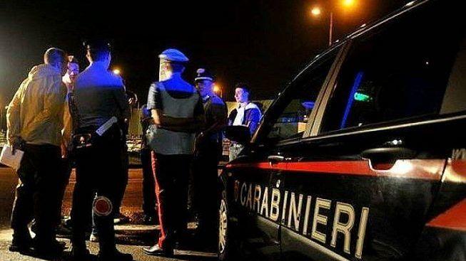 Famiglia aggredisce pattuglia dei carabinieri - Ultime ...