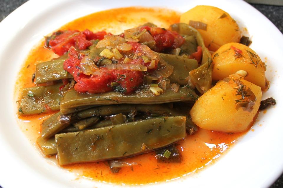 piatto vegetariano con verdure