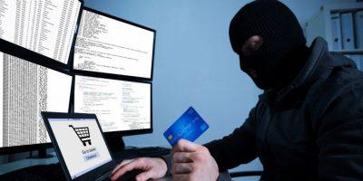 Truffe online: fermata per un controllo scopre che l'assicurazione è falsa