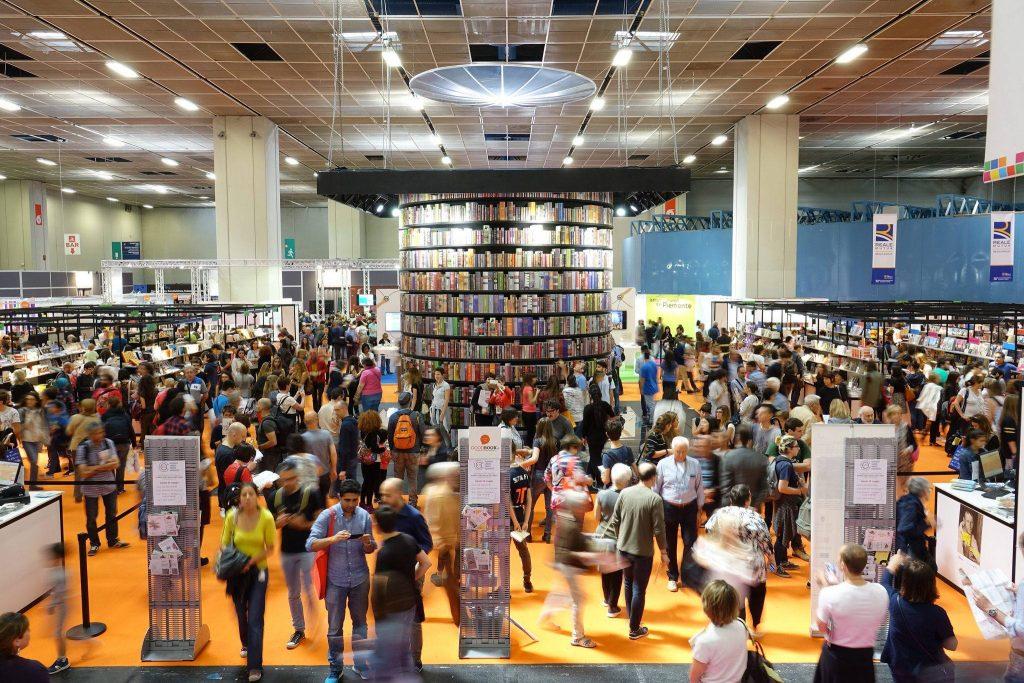 Salone libro Torino rinviato