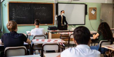 Scuola: l'insegnamento dopo la pandemia, prime riflessioni