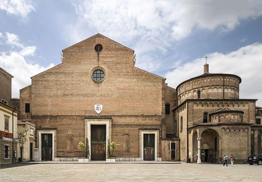 San Leonino - Duomo di Padova, facciata e battistero