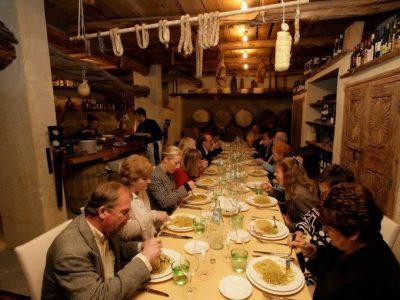 Alto Adige, alberghi aperti solo per gli ospiti che pernottano