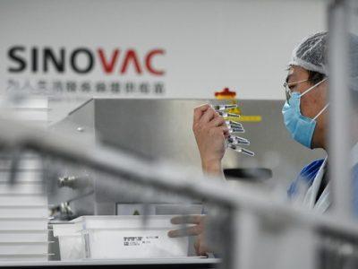 Anche il vaccino cinese Sinovac sarà sottoposto al giudizio medico europeo