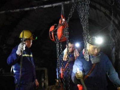 Cina, esplosione in miniera restano bloccati ventidue minatori