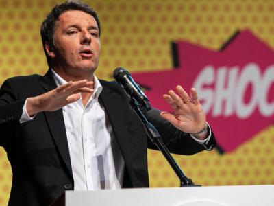 Matteo Renzi canta Shock, la versione di Highlander Dj