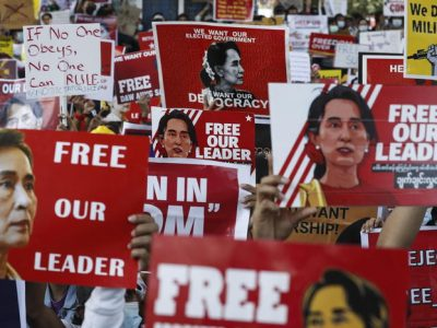 Birmania, morta ragazza ferita alla manifestazione contro il golpe militare