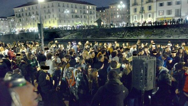 Covid, Navigli Milano