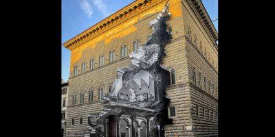 Quale messaggio nasconde 'La Ferita' che squarcia Palazzo Strozzi?