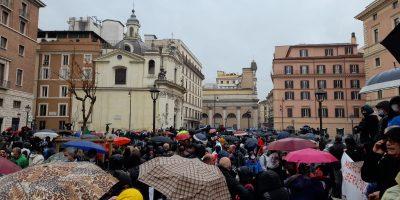 IO APRO, Roma blindata, ma nessuno li ferma: manifestare é un diritto