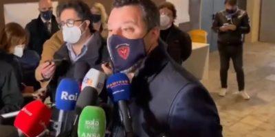 """Salvini: """"Campagna vaccinale a rilento? Rivolgersi ad Arcuri"""""""