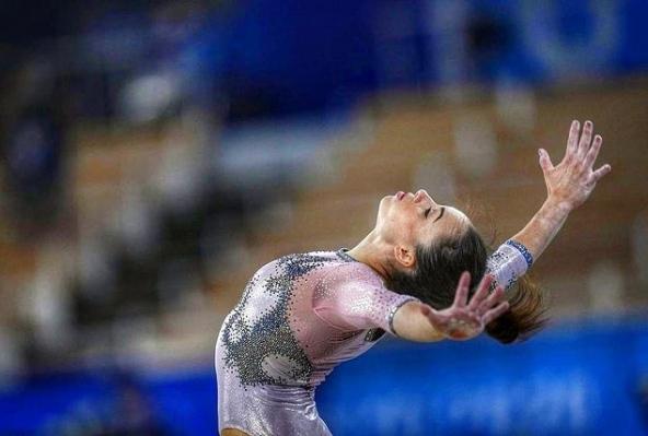 ginnastica a squadre: Vanessa Ferrari