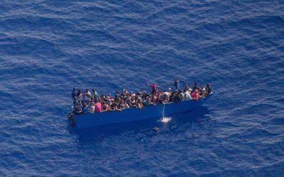 Lampedusa, 1.192 migranti nell'hotspot da 250 posti