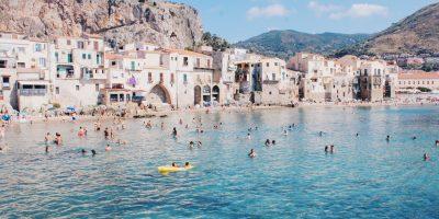 """Turismo: """"Il governo intervenga per evitare la svendita"""""""