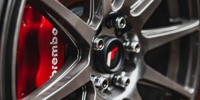 Impianto frenante delle auto: come funziona e quando sostituire un pezzo