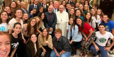 Papa Francesco con il Ministro Cingolani e i ragazzi di Earth Day italia