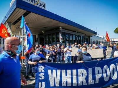 Fumata nera per Whirlpool Napoli, confermati i licenziamenti